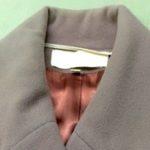 ウールの厚手冬物コートにいつの間にか変色が